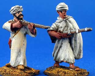 Moroccan Berbers in Arab dress with rifles