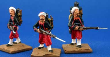 Zouaves, advancing