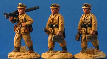 German Afrika Korps MG-34 team walking